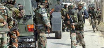 आतंकियों से मुठभेड़ के बाद सुरक्षाबलों से लोगों की झड़प, तीन आतंकियों और छह नागरिकों की मौत
