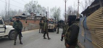 सुरक्षाबलों ने मुठभेड़ में 2 आतंकियों को किया ढेर, 4 जवान हुए घायल