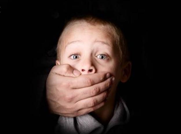 दून में सरे बाज़ार बच्चे के अपहरण का प्रयास, पुलिस ने आरोपी को दबोचा