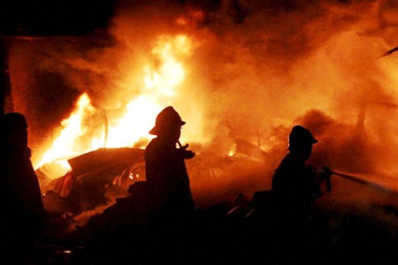 दिल्ली की बहुमंजिला इमारत में लगी आग, 6 की मौत, 11 घायल