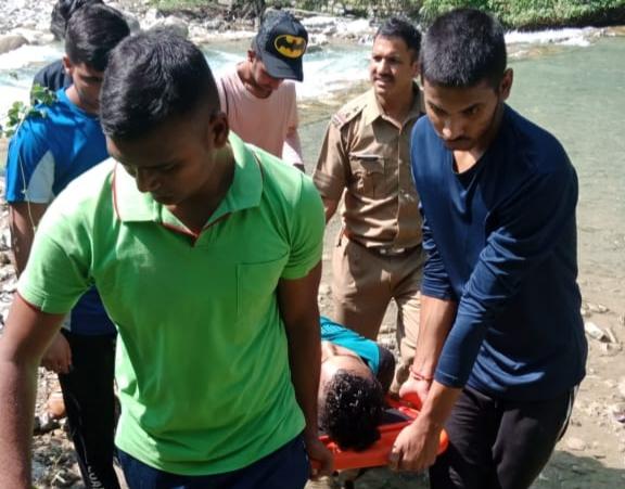 पानी में डूबकर दो युवकों की मौत