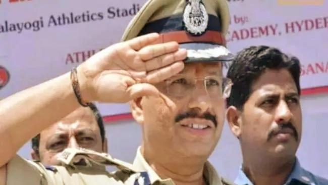 एनकाउंटर मैन के नाम से जाने जाते हैं हैदराबाद पुलिस कमिश्नर सज्जनार