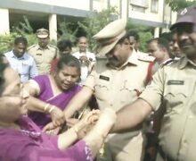 हैदराबाद एनकाउंटर: महिलाओं ने पुलिस को राखी बांधकर खुशी जताई, मिठाई भी खिलाई