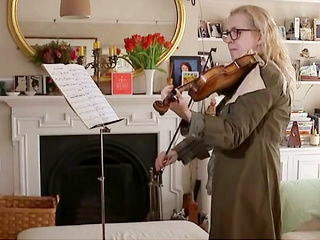 डैगमर टर्नर को बचपन से वायलिन बजाने का शौक है
