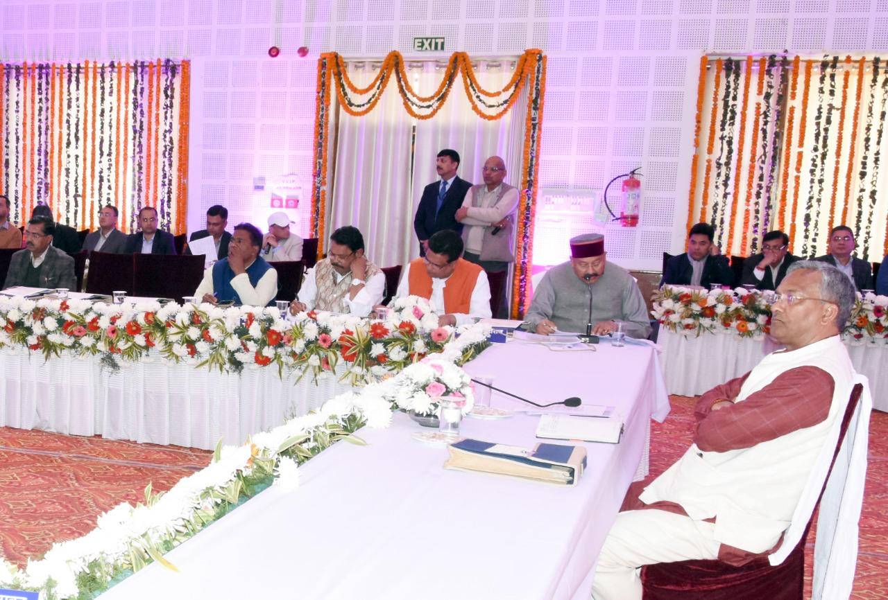 मंथन कार्यक्रम के दौरान सीएम त्रिवेंद्र सिंह रावत