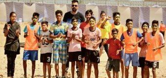 टॉप स्कूली टीमों में झुग्गी के बच्चों की फुटबॉल टीम 'इंडियन चीताज', एक बच्चे ने हासिल की ये उपलब्धि