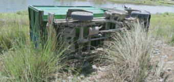अनियंत्रित होकर पलटा कूड़ा उठाने वाला वाहन, सफाईकर्मी की मौत