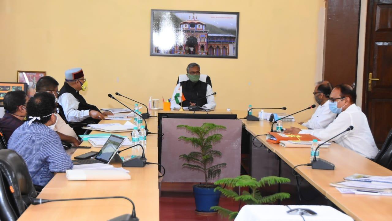 मुख्यमंत्री की अध्यक्षता में आयोजित हुई उत्तराखण्ड चारधाम देवस्थानम प्रबन्धन बोर्ड की पहली बैठक