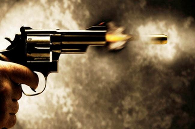 नाराज़ प्रेमी ने प्रेमिका को मारी गोली, पुलिस ने किया गिरफ्तार