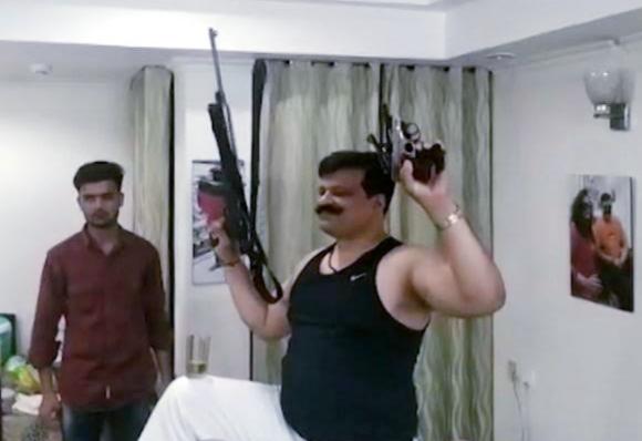 भाजपा ने कहा- 'चैंपियन का निष्कासन नहीं, निलंबन हुआ है'
