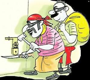 चोरों ने बंद मकान के ताले चटकाए, कीमती माल पर किया हाथ साफ