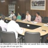 मुख्य सचिव उतपल कुमार सिंह ने की समीक्षा बैठक